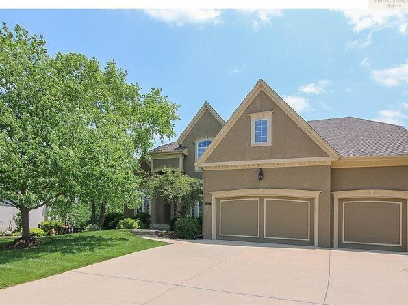 4 bed 6 bath Single Family at 15055 Oxford St Leawood, KS, 66224 is for sale at 635k - 1 of 25