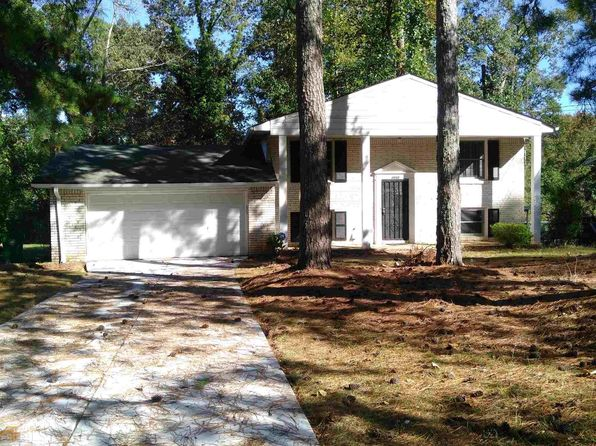 3 bed 3 bath Single Family at 2202 Green Forrest Dr Decatur, GA, 30032 is for sale at 175k - 1 of 22