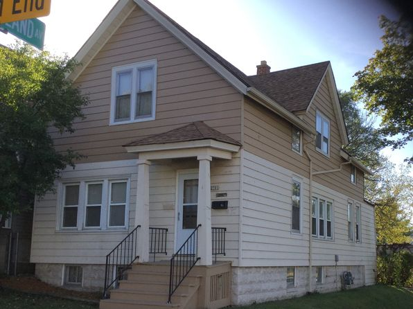5 bed 2 bath Multi Family at 2701 S 10th St Milwaukee, WI, 53215 is for sale at 133k - 1 of 5