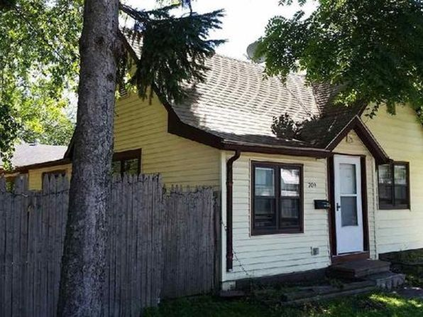 3 bed 1 bath Single Family at 709 W Main St Stoughton, WI, 53589 is for sale at 115k - 1 of 16