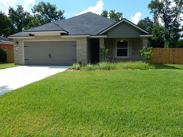 3 bed 3 bath Single Family at 1814 Magnolia St Liberty, TX, 77575 is for sale at 215k - 1 of 16