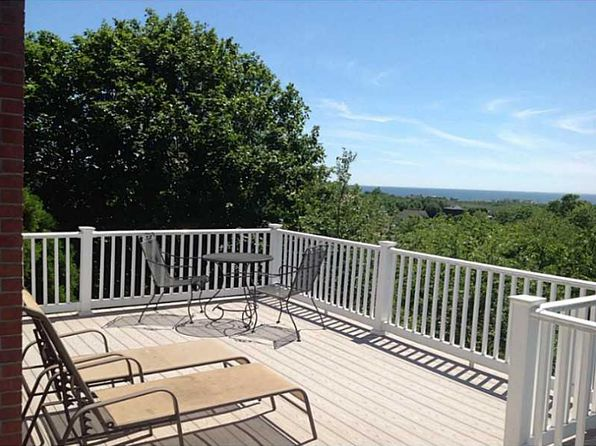 4 bed 3 bath Single Family at 169 Carpenter Dr South Kingstown, RI, 02879 is for sale at 699k - 1 of 21