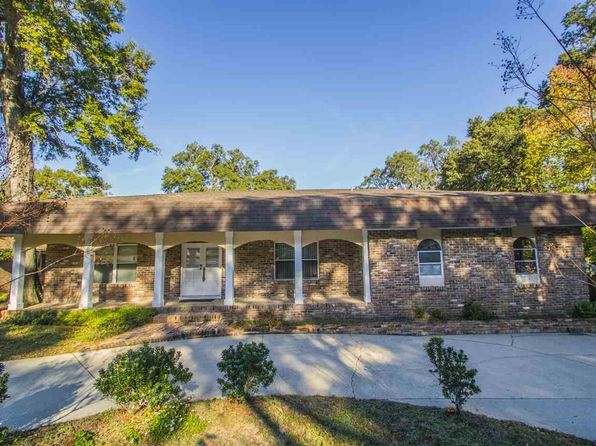 4 bed 3 bath Single Family at 4840 Peacock Dr Pensacola, FL, 32504 is for sale at 320k - 1 of 38