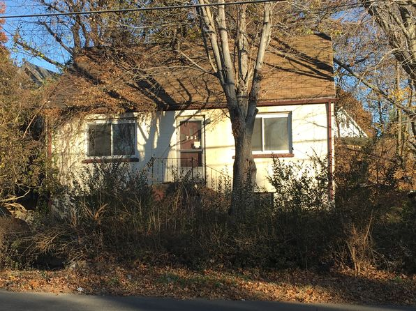 2 bed 1 bath Single Family at 751 NAUGATUCK AVE MILFORD, CT, 06461 is for sale at 95k - google static map