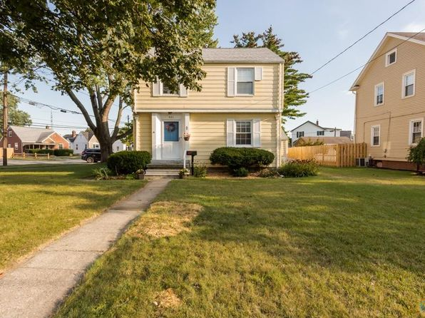 4 bed 2 bath Single Family at 401 Eagle Point Rd Rossford, OH, 43460 is for sale at 140k - 1 of 34