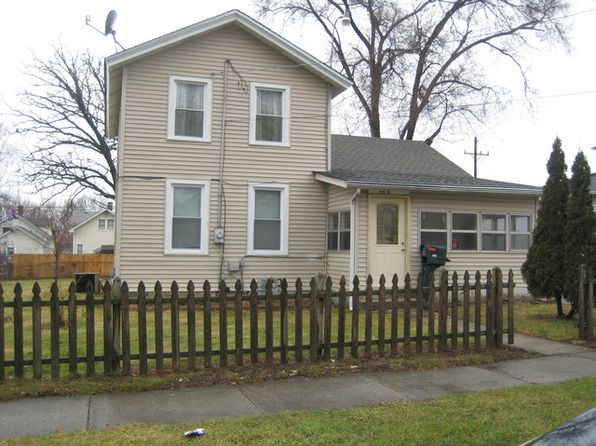 4 bed 2 bath Single Family at 368 Jefferson St Aurora, IL, 60505 is for sale at 100k - 1 of 8