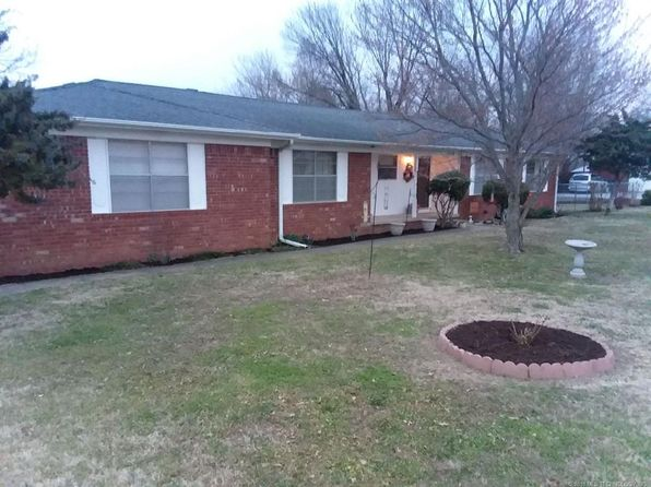 3 bed 2 bath Single Family at 714 Spring Ln Claremore, OK, 74017 is for sale at 135k - google static map