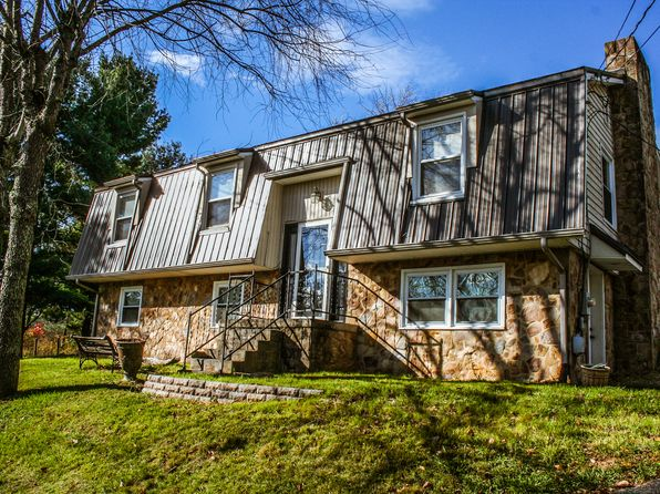 4 bed 3 bath Single Family at 365 Mulberry Dr Christiansburg, VA, 24073 is for sale at 165k - 1 of 16