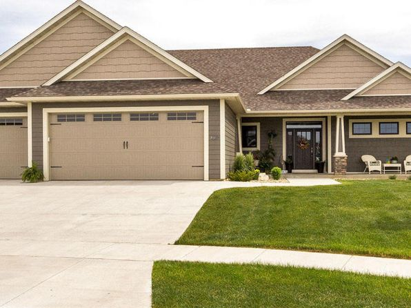 5 bed 3 bath Single Family at 3086 Silver Park Ln NE Rochester, MN, 55906 is for sale at 665k - 1 of 40