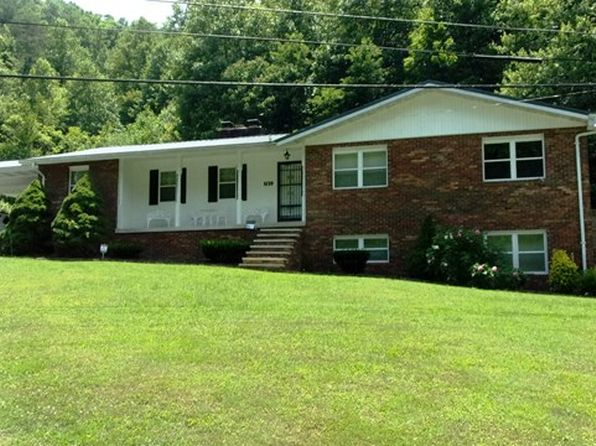 3 bed 3 bath Single Family at  5139 Raccoon Road Pikeville, KY, 41501 is for sale at 159k - 1 of 24