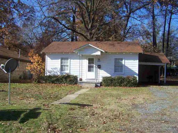 2 bed 1 bath Single Family at 4009 Walnut St Texarkana, TX, 75503 is for sale at 55k - 1 of 12