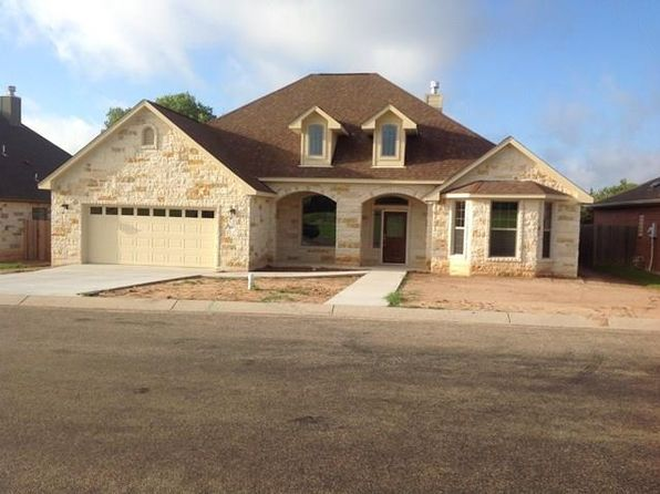 4 bed 3 bath Single Family at 809 Dogwood Ln Fredericksburg, TX, 78624 is for sale at 430k - 1 of 9