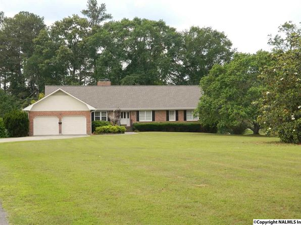 5 bed 3 bath Single Family at 3282 Riddles Bend Rd Rainbow City, AL, 35906 is for sale at 299k - 1 of 41