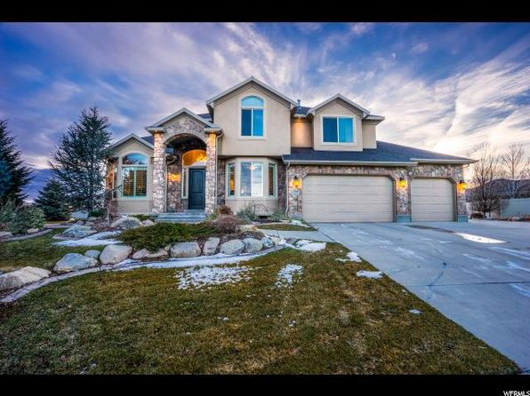 4 bed 3 bath Single Family at 3369 W CREEKSTONE CIR SOUTH JORDAN, UT, 84095 is for sale at 590k - 1 of 26