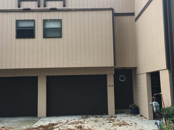1 bed 1.5 bath Condo at 612 James Ave Cuyahoga Falls, OH, 44221 is for sale at 63k - 1 of 17