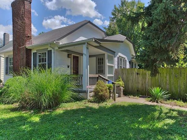 2 bed 1 bath Single Family at 4435 Sunrise Dr Kansas City, MO, 64123 is for sale at 93k - 1 of 25