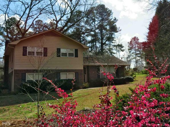 3 bed 3 bath Single Family at 412 Hickory Ln Griffin, GA, 30223 is for sale at 165k - 1 of 33