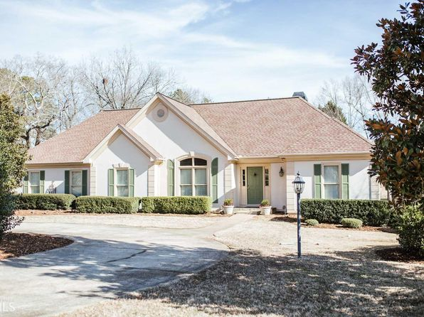 3 bed 2 bath Single Family at 1040 Millstone Ter Bogart, GA, 30622 is for sale at 339k - 1 of 32