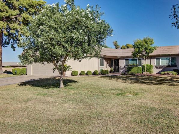 2 bed 2 bath Multi Family at 10662 W Hutton Dr Sun City, AZ, 85351 is for sale at 199k - google static map