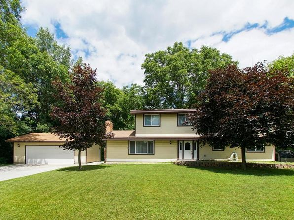 4 bed 3 bath Single Family at 811 Carla Ln Maplewood, MN, 55109 is for sale at 325k - 1 of 24