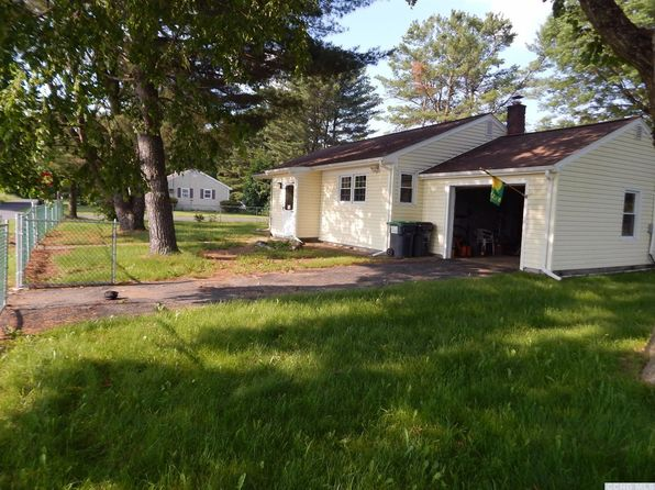 2 bed 1 bath Single Family at 34 Cedar St Cairo, NY, 12413 is for sale at 109k - 1 of 20