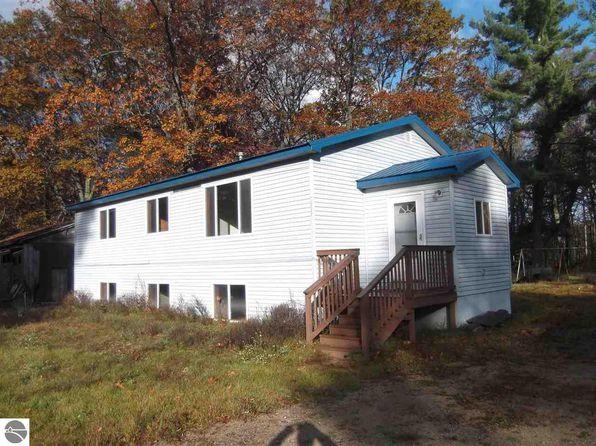 5923 curtis rd hale mi 48739 for Curtis mi homes for sale