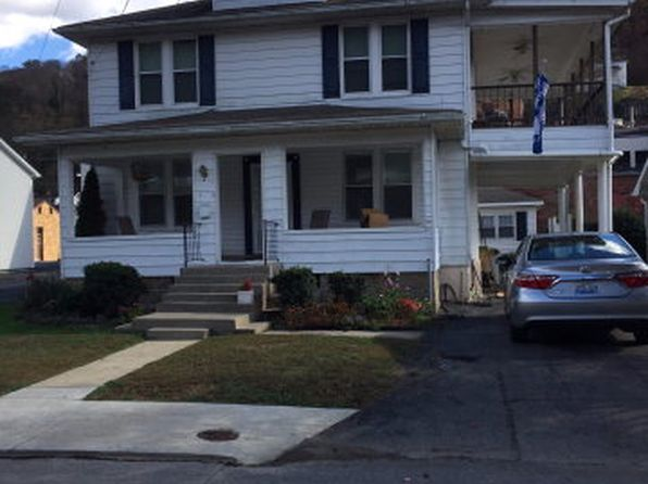 4 bed 3 bath Single Family at 139 Myra Barnes Ave Pikeville, KY, 41501 is for sale at 146k - 1 of 2