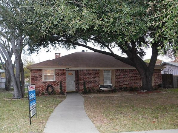 5 bed 2 bath Single Family at 2505 17th St Plano, TX, 75074 is for sale at 230k - 1 of 12