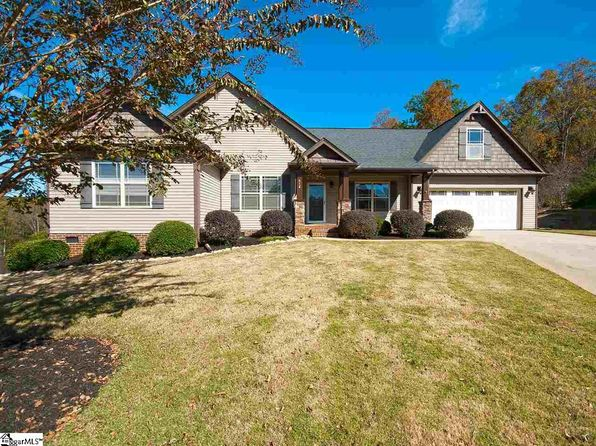 3 bed 2 bath Single Family at 512 Tineke Way Travelers Rest, SC, 29690 is for sale at 280k - 1 of 32