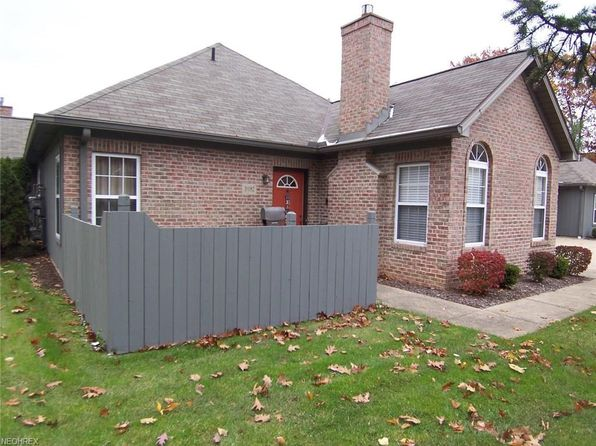 2 bed 2 bath Condo at 3982 Villas Dr Stow, OH, 44224 is for sale at 140k - 1 of 26