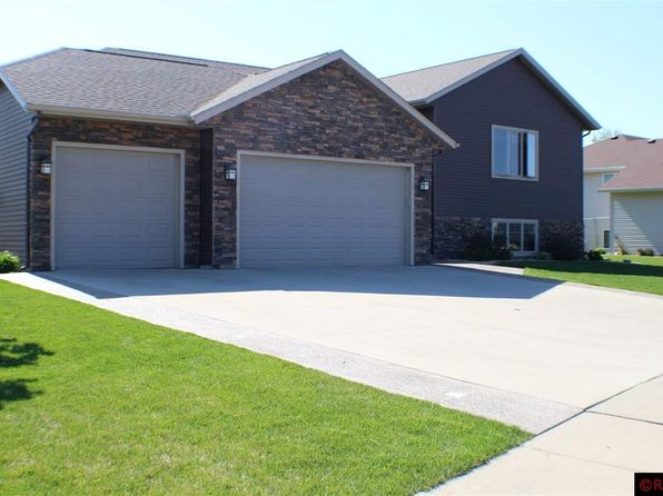 6 bed 3 bath Single Family at 220 Palancar Ave Mankato, MN, 56001 is for sale at 363k - 1 of 25