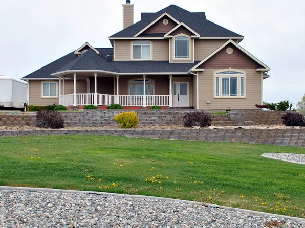 3 bed 3 bath Single Family at 21165 DIVISION .4 NE SOAP LAKE, WA, 98851 is for sale at 355k - 1 of 12