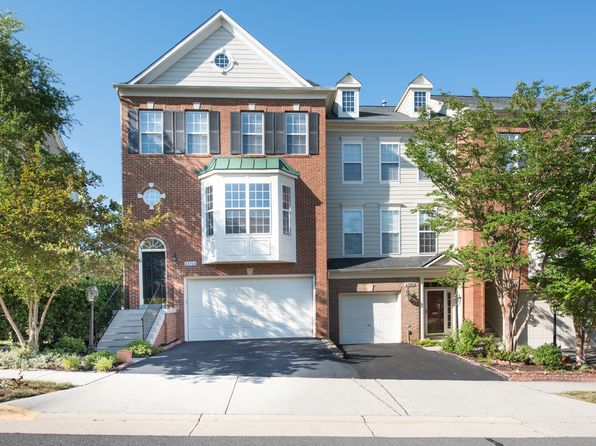 3 bed 4 bath Townhouse at 43764 Lees Mill Sq Leesburg, VA, 20176 is for sale at 500k - 1 of 25