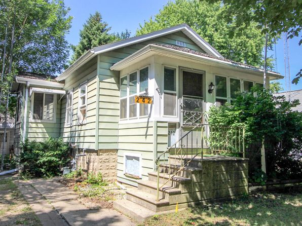 2 bed 1 bath Single Family at 242 Chestnut St Fond Du Lac, WI, 54935 is for sale at 15k - 1 of 16