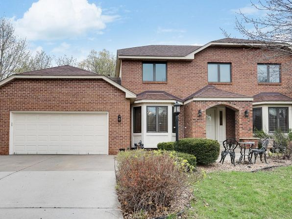 3 bed 4 bath Single Family at 2472 Forest St Maplewood, MN, 55109 is for sale at 325k - 1 of 18