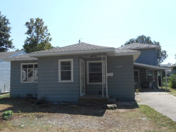 4 bed 3 bath Single Family at 2027-2027 1/2 W Sherwood Stillwater, OK, 74074 is for sale at 183k - 1 of 16