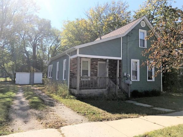 2 bed 1 bath Single Family at 208 Alma St Sparta, MI, 49345 is for sale at 110k - 1 of 26