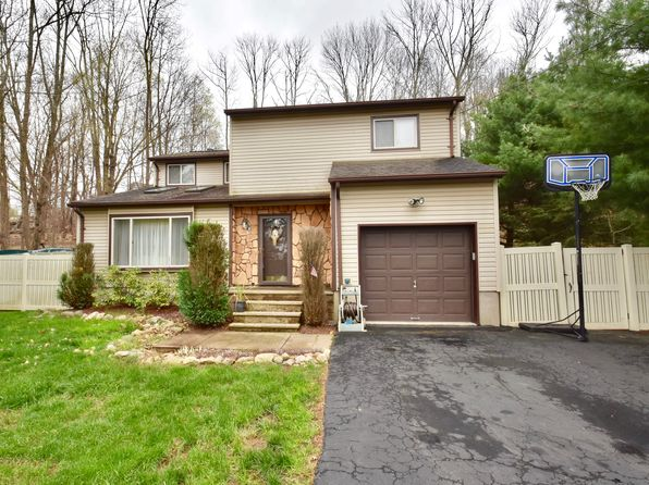 3 bed 3 bath Single Family at 14 Brady Rd Lake Hopatcong, NJ, 07849 is for sale at 330k - 1 of 40