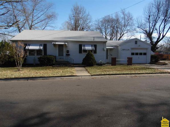 2 bed 1 bath Single Family at 1801 S Engineer Ave Sedalia, MO, 65301 is for sale at 80k - 1 of 20