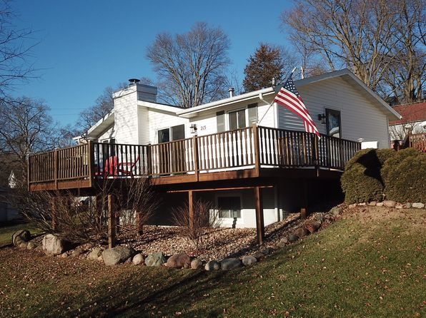 3 bed 2 bath Single Family at 213 3rd St SE Mount Vernon, IA, 52314 is for sale at 170k - 1 of 26