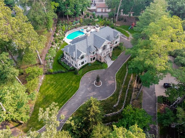 6 bed 7 bath Single Family at 20 Bishops Ln Short Hills, NJ, 07078 is for sale at 3.45m - 1 of 15