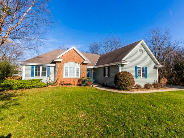 3 bed 2 bath Single Family at 1958 Hillcrest Dr Delafield, WI, 53018 is for sale at 360k - 1 of 20
