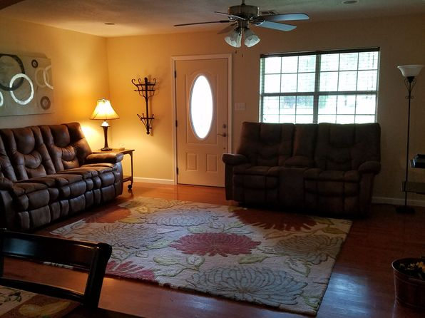 3 bed 2 bath Single Family at 2011 Normand Ave Bossier City, LA, 71112 is for sale at 143k - 1 of 3