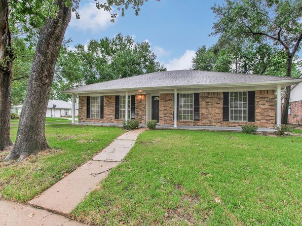 4 bed 2 bath Single Family at 7218 Deep Forest Dr Houston, TX, 77088 is for sale at 160k - 1 of 27