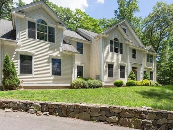 4 bed 4 bath Single Family at 9 Still Hollow Pl Ridgefield, CT, 06877 is for sale at 799k - 1 of 49