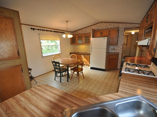 2 bed 1 bath Mobile / Manufactured at 1330 Indigo Dr Oshkosh, WI, 54902 is for sale at 20k - 1 of 10