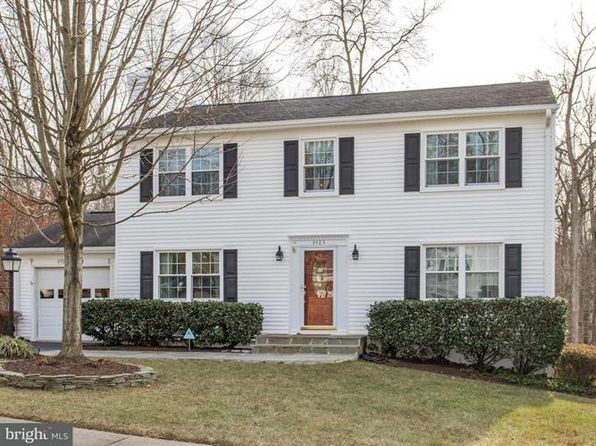 4 bed 3 bath Single Family at 3483 Lyon Park Ct Woodbridge, VA, 22192 is for sale at 400k - 1 of 9
