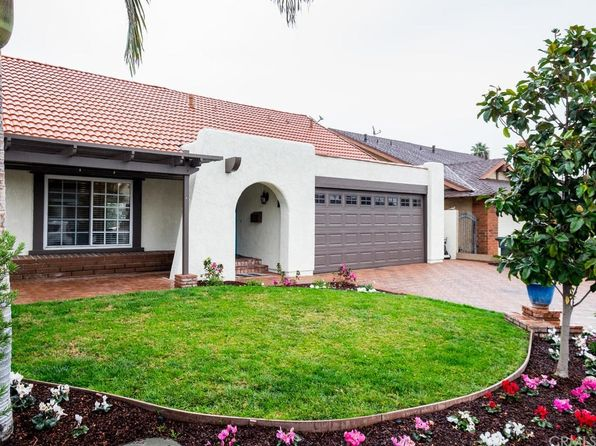 lomita singles 16 single family homes for sale in lomita ca view pictures of homes, review sales history, and use our detailed filters to find the perfect place.