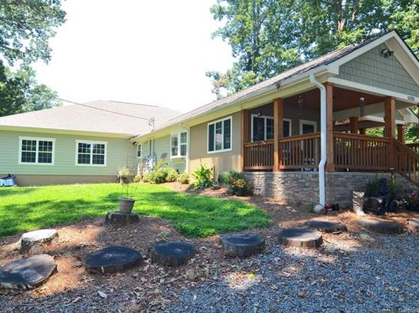 4 bed 5 bath Single Family at 11325 Abernathy Rd Charlotte, NC, 28216 is for sale at 420k - 1 of 14