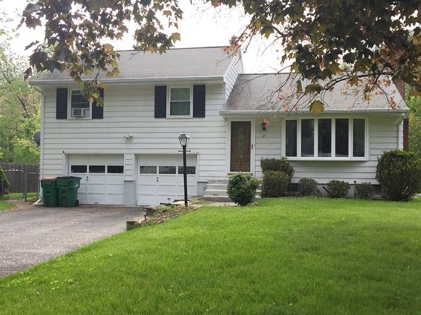 3 bed 2 bath Single Family at 27 Gilbert Dr Hyde Park, NY, 12538 is for sale at 319k - 1 of 29